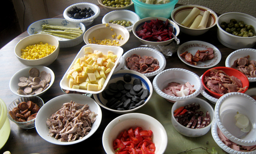Ingredientes para fiambre. Foto: http://growingupbilingual.com/